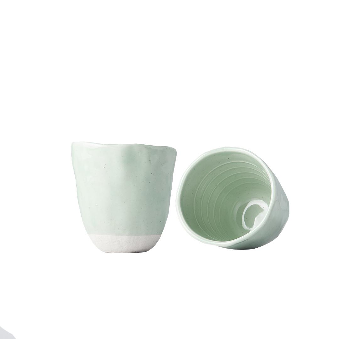 Hrnek bez ucha s nepravidelným okrajem Tea Cup světle zelený 300 ml