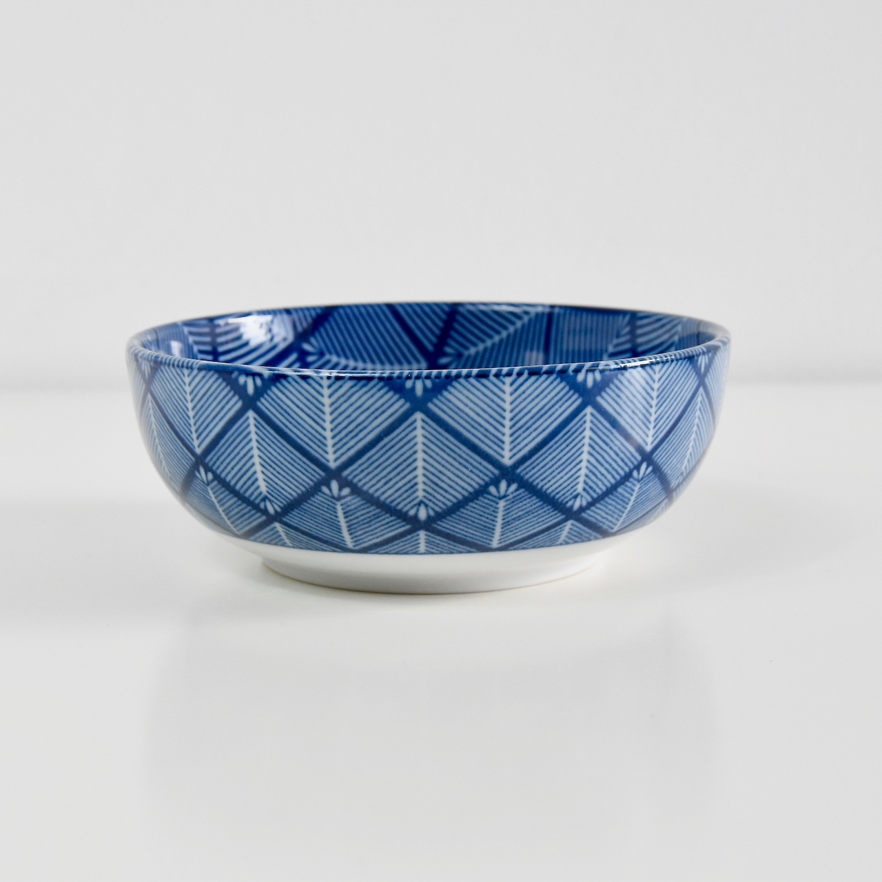 Blue & White Cross Hatch Design Bowl 13 cm